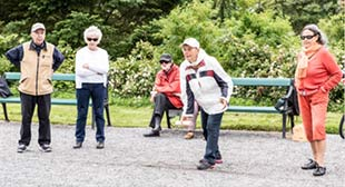 'Let us be active' participants on a trip to a park in Turku. ©Karolina Mackiewicz