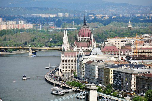 The Danube flows through 10 countries and is a vital transport route for European businesses. ©CC0 Creative Commons