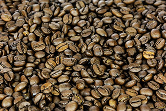 Hard Beans Coffee Roasters has developed a new system for steeping coffee that dramatically reduces the maceration time for coffee drinks. ©Creative Commons