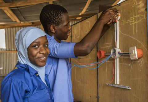 In Niger, displaced communities are building their future, together with their homes